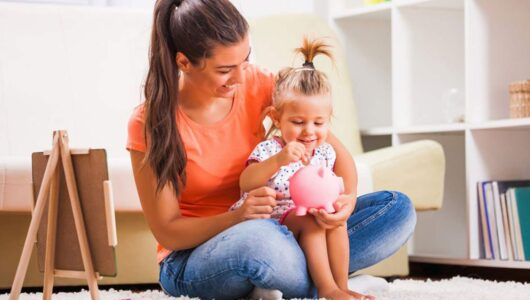How To Survive Financially as a Single Mom in the U.S.