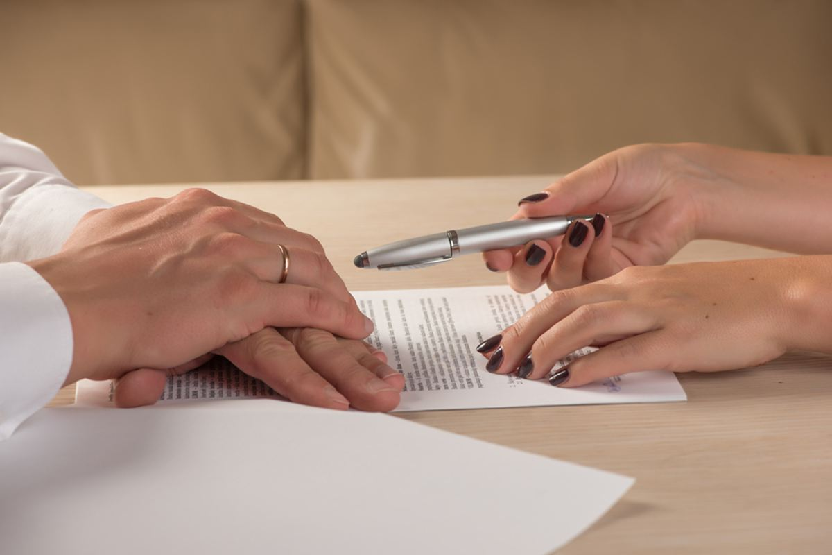 does cosigning affect credit score