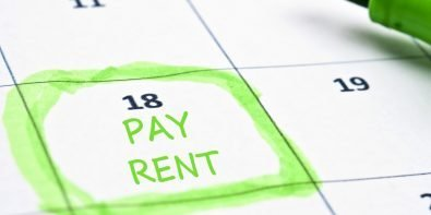 does paying rent affect credit score