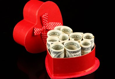 how to make money on Valentine's day