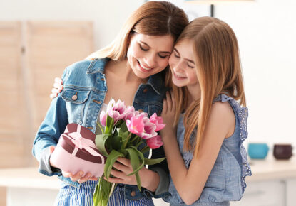 Surprise your Mom this Mother's Day; Here are 28 Inexpensive Gift Ideas